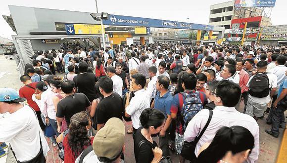 Tráfico en Lima: Atrapados y sin salida en caótico sistema de transporte de la capital. (USI)