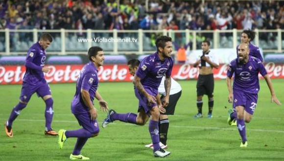 Juan Vargas anotó un tanto en la liga italiana. (Facebook de la Fiorentina)