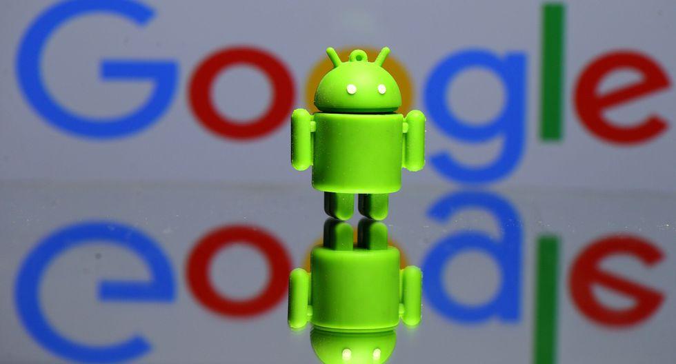La decisión de Google se da tras una multa de 4,340 millones de euros que la Comisión Europea impuso al gigante tecnológico el año pasado por bloquear rivales en Android. (Foto: Reuters)