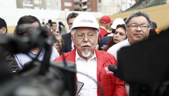 El ministro de Vivienda, Javier Piqué, detalló que la empresa estatal Sedapal entrará en una etapa de reorganización completa, gracias al apoyo del Banco Mundial. (Foto: USI)