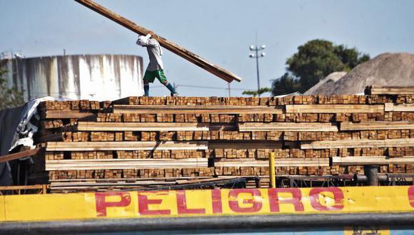 Madre de Dios: Dictan 36 meses de prisión preventiva para catorce funcionarios implicados en tráfico de madera (Foto referencial)
