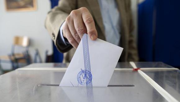 VEREDICTO. El gran descontento del pueblo helénico se expresó en las votaciones legislativas de ayer. (Bloomberg)