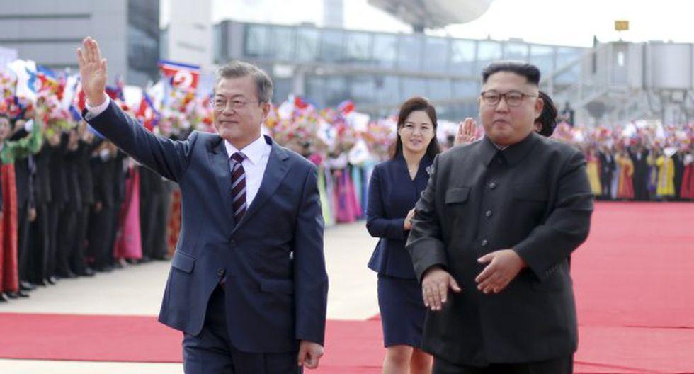 Moon Jae-in y Kim Jong-un se han reunido en tres ocasiones este año, dejando de lado décadas tensiones entre el norte y el sur. (Foto: EFE)