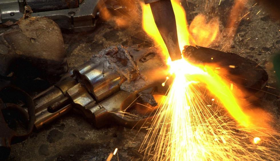 El mundo celebra el Día Internacional para la Destrucción de las Armas de Fuego. (Foto: AP)