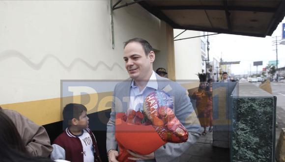 Mark Vito fue al penal de Chorrillos junto a su hija. (Miguel Bellido / GEC)