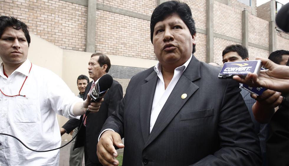 """Edwin Oviedo se puso a disposición de la justicia por caso """"Los Cuellos Blancos del Puerto"""". (Foto: Agencia Andina)"""