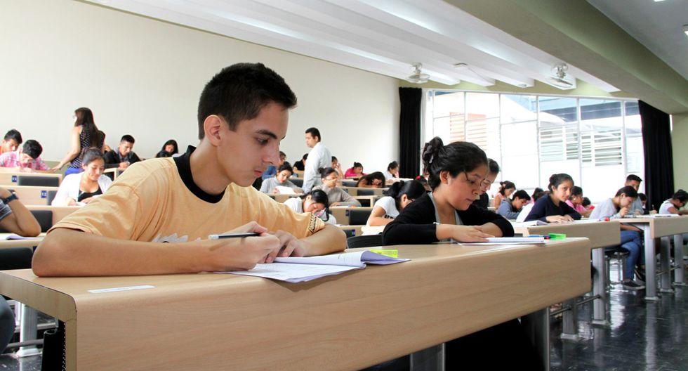 Estudiantes del quinto de secundaria o egresados del colegio, menores de 22 años, de alto rendimiento y escasos recursos económicos, podrán aspirar al beneficio.(Foto: GEC)