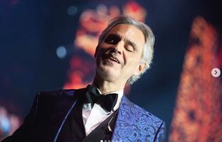 Andrea Bocelli, el exitoso tenor que quedó ciego tras ser golpeado con un balón en la cabeza