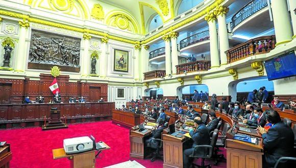Defensa del fuero. Salvo el oficialismo, la mayoría de bancadas avala el dictamen de Constitución. (GEC)