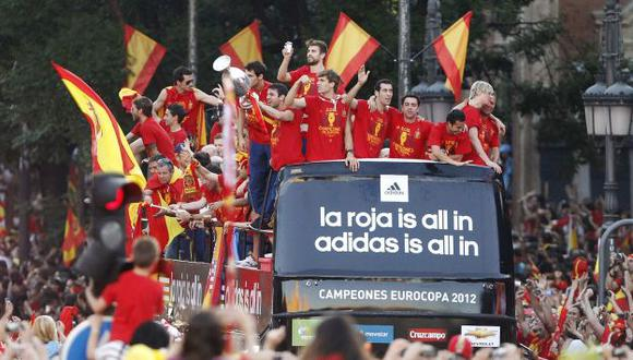 España celebra el título. (Reuters)