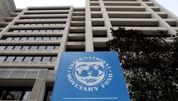 El Fondo Monetario Internacional hace un año otorgó una línea de crédito flexible a Perú por US$ 11,000 millones. (Foto: AFP)