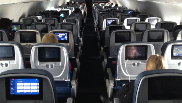 El Gobierno amplió por 15 días la suspensión de vuelos provenientes de Europa y destinos con una duración de viaje mayor a ocho horas . (Foto: AFP)