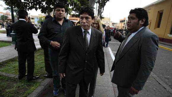 NO APRENDE. Alexis Humala vuelve a perjudicar a su hermano. (Rafael Cornejo)