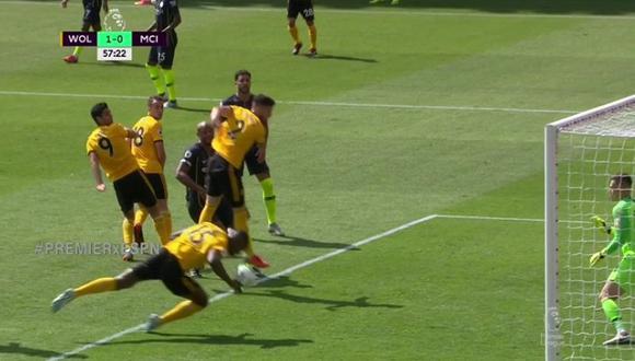 Willy Boly marcó gol con la mano ante Manchester City (Captura y video: ESPN).