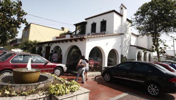 A los delincuentes que irrumpieron en la pizzería La Romana no les importó la presencia de ocho niños. (Nancy Dueñas)