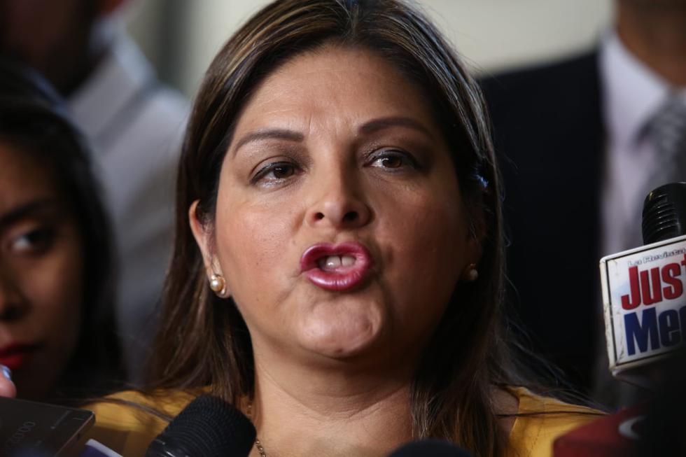 Beteta había señalado previamente que Salaverry se dirigió a ella en términos ofensivos cuando le increpó por no incluir un proyecto de ley sobre Agrobanco en la agenda del Pleno. (Alessandro Currarino/GEC)