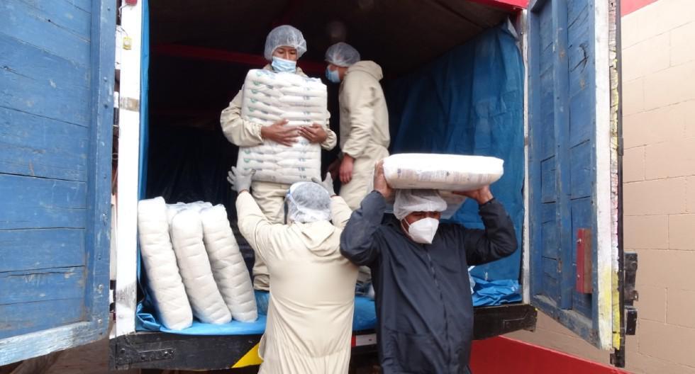 Llevan 75.7 toneladas de alimentos para 105 comunidades campesinas de Puno