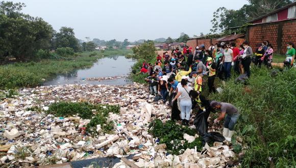 Irresponsables pobladores han convertido a la quebrada en un basural (Foto: Municipalidad de Coronel Portillo)