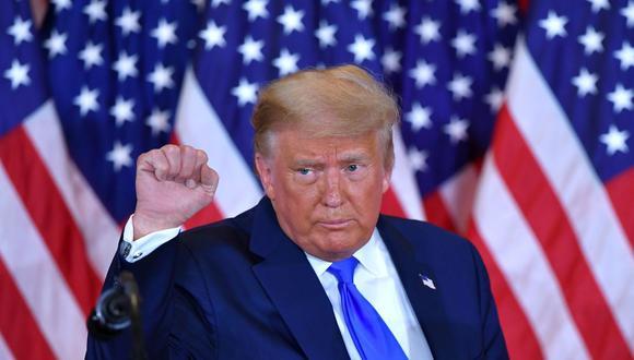 """Según Donald Trump, el mercado bursátil """"sube en grande"""" tras el anuncio de Pfizer. """"¡Qué gran noticia!"""", tuiteó el presidente. (MANDEL NGAN / AFP)."""