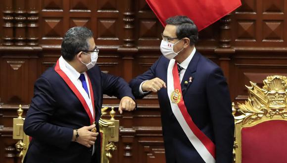 """Ante una inminente vacancia de Vizcarra, """"desconocidos"""" armaban un gabinete de transición."""