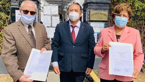 Proceso electoral que declaró decano del CAL a Javier Villa Stein fue declarado nulo por el Poder Judicial (Facebook).