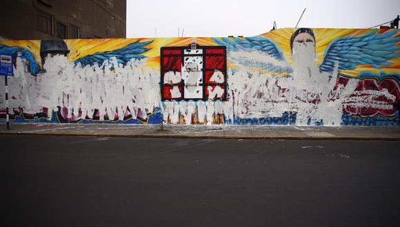 El mural que contenía los rostros de Jack Bryan Pintado e Inti Sotelo fueron borrados por desconocidos. (Foto:HugoCurotto / @photo.gec)