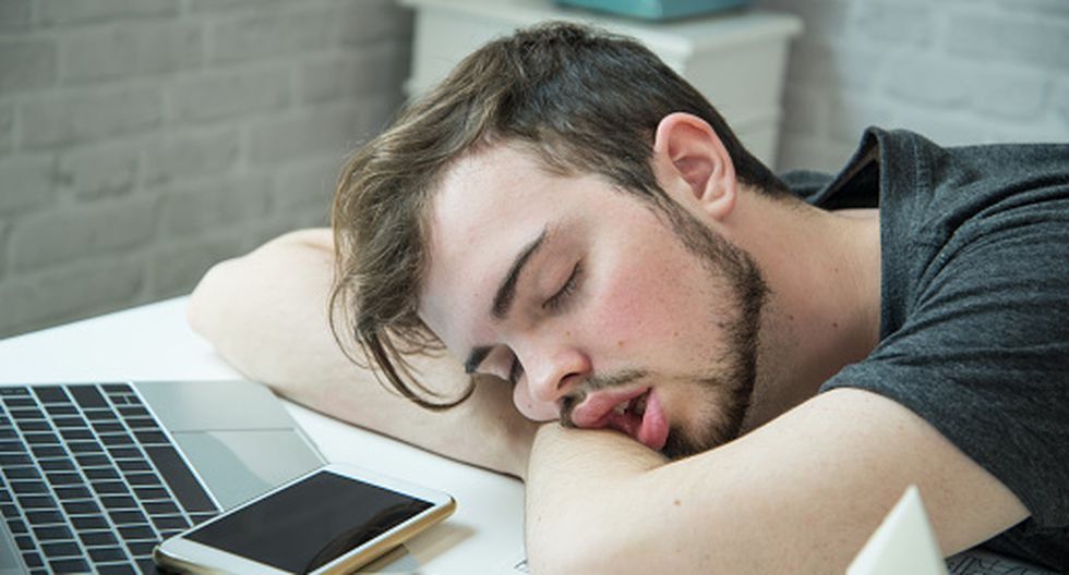 ¿Dormir más el fin de semana permite recuperar tu sueño? sí y no. (Getty)