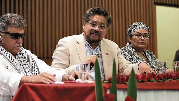 FARC afirma que el Congreso de Colombia desfiguró el acuerdo de paz. (EFE)