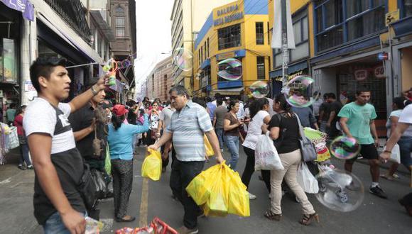 Temporada navideña genera gran cantidad de comercio. (Perú21)