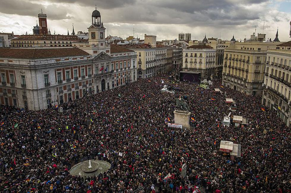 Unas 100,000 personas apoyan a Podemos en España. (AP)