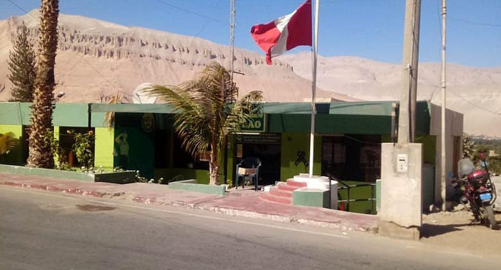 Arequipa: la bandera peruana fue izada a media asta en la comisaría del Aplao, en la provincia de Castilla.