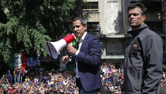 """Guaidó adelantó que en los próximos días designará los agregados militares """"en las embajadas de vecinos países"""". (Foto: AFP)"""