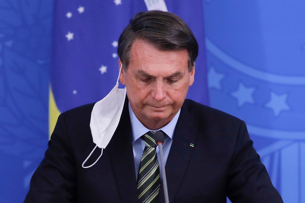 El presidente de Brasil, Jair Bolsonaro, minimizó al coronavirus en más de un ocasión y recientemente confirmó que contrajo la enfermedad. (Foto: Sergio LIMA / AFP)