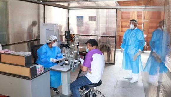 El Minsa resaltó que el personal de la institución está laborando bajo las medidas de bioseguridad establecidas para evitar el contagio de la COVID-19. (Foto: Minsa)