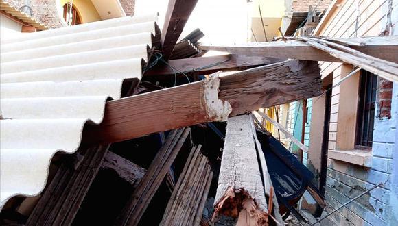 Piura: fuertes vientos derrumban vivienda de material rústico en segundo piso
