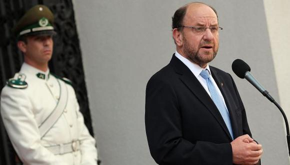 Canciller chileno dice que fallo debe ser aplicado lo antes posible. (EFE)