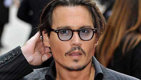 Johnny Depp puede llevar adelante su querella por difamación contra medio internacional. (Foto: EFE)