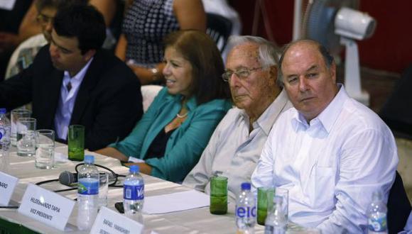 El sector reformista del PPC, que apoya Lourdes Flores, se impuso al ala castrista, de Raúl Castro Stagnaro. (Perú21)