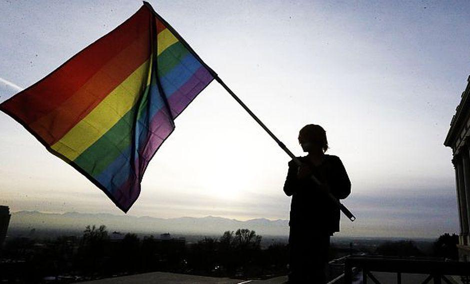 Mayoritario apoyo al matrimonio gay entre jóvenes de Chile. (AP)