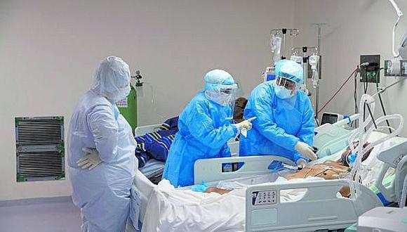 En Perú, según cifras oficiales, han muerto 7,056 personas de coronavirus (GEC).