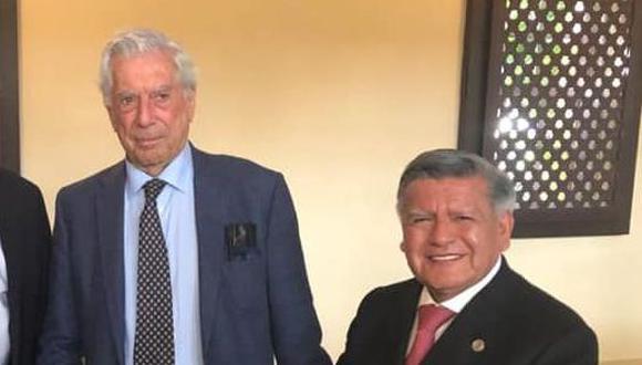 Acuña, el candidato de Vargas Llosa