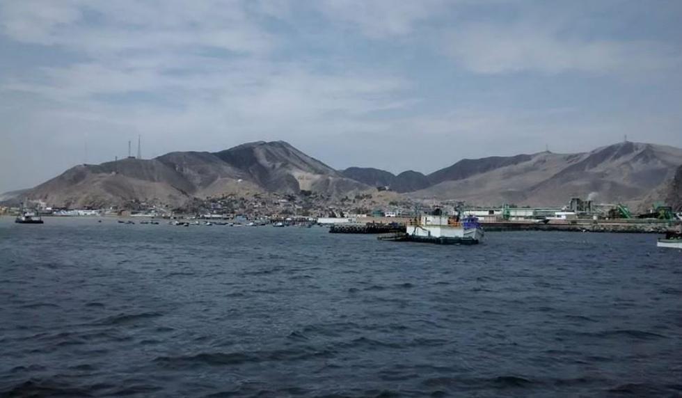OEFA dictó una medida contra la empresa pesquera Maress  ubicada en Áncash a fin de evitar que sus efluentes no tratados continúen descargándose en la bahía de Coishco. (Facebook/@Bahía-de-Coishco)