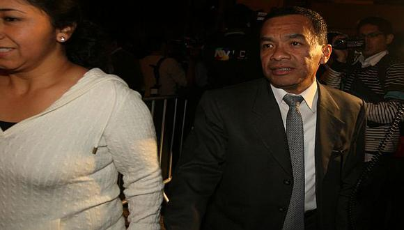 Pacheco fue suspendido por la CJ-ADFP por girar cheques sin fondos. (USI)