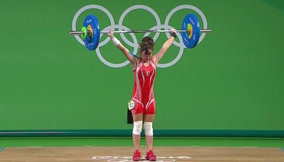 Fiorella Cueva culminó su participación en levantamiento de pesas en Río 2016. (Captura)