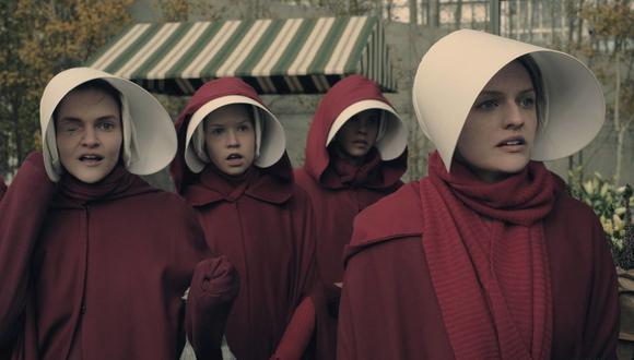 """La serie de """"El cuento de la criada"""" llegó a las pantallas en 2017 con una serie televisiva. (Foto: Hulu)"""