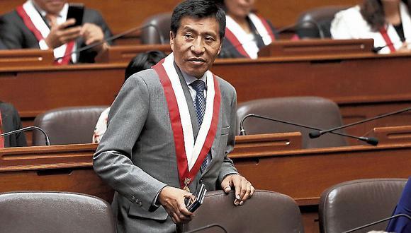 Legislador prefiere no hablar. (CésarCampos/Perú21)