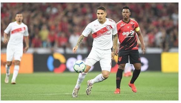 Con Guerrero, Internacional perdió 1-0 ante Atlético Paranaense  por la ida de la final de la Copa de Brasil. (AFP)