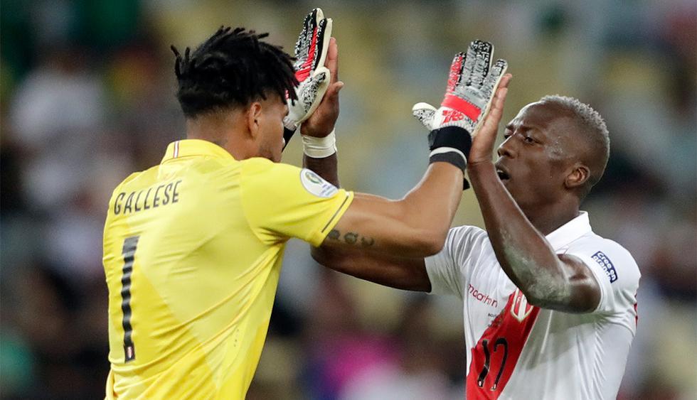 La selección peruana tiene casi listo el equipo titular ante Uruguay en la Copa América. (Foto: AP)