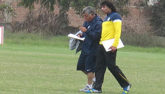 Francisco Pizarro y su asistente Arrué durante una práctica. (USI)