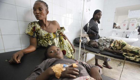 INTERNADOS. Los niños sufrieron la peor parte en esta tragedia. (Reuters)